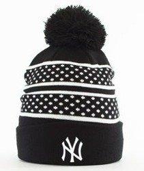 New Era-Spot Stripe New York Yankees Czapka Zimowa Czarna