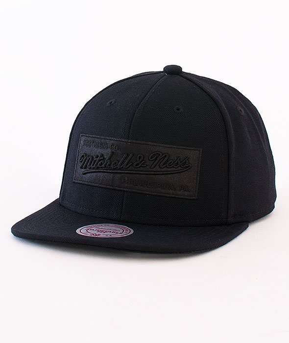 Mitchell & Ness-2 Tone Label Box Logo Snapback Black/Black NE18Z
