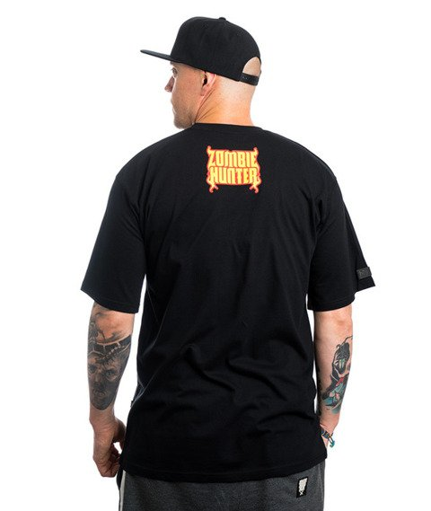 Brain Dead Familia ZOMBIE HUNTER T-Shirt Czarny