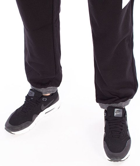 Mass-Meeting Spodnie Dresowe Black