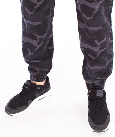 Mass-Signature Jogger Pants Spodnie Black Camo