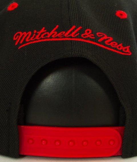 Mitchell & Ness-Chicago Bulls Team Arch SB Czapka EU1129
