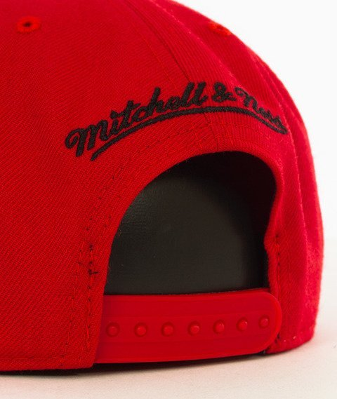 Mitchell & Ness-Chicago Bulls Wool Solid Snapback NL99Z Red