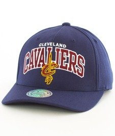 Mitchell & Ness-Cleveland Cavaliers NBA Team Arch Pinch Panel  INTL227
